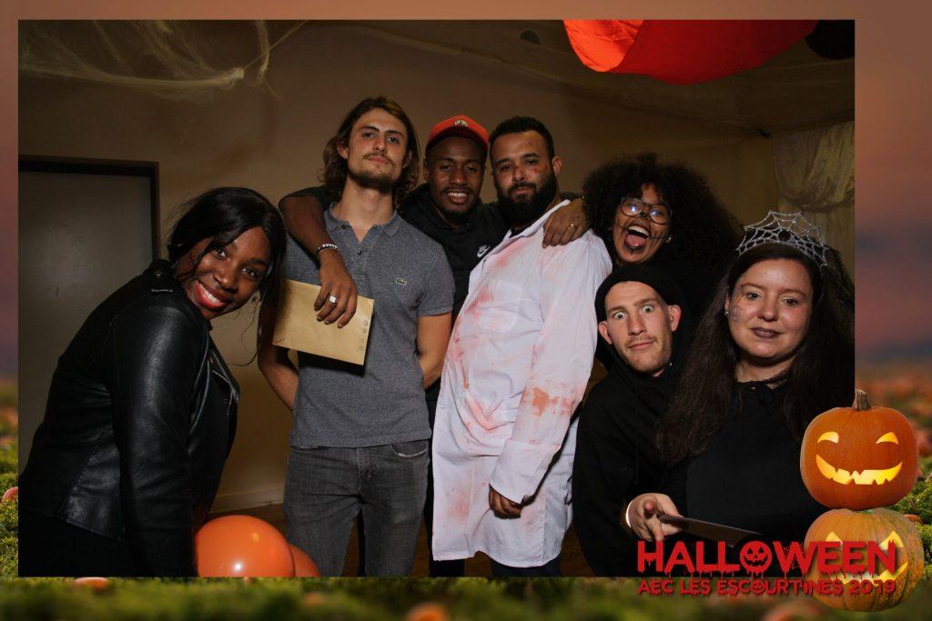 AEC LES ESCOURTINES photobooth halloween